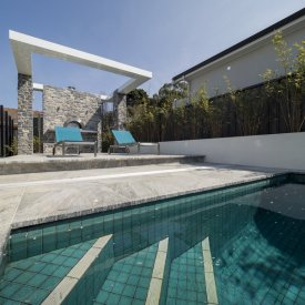pool pergola bulkhead